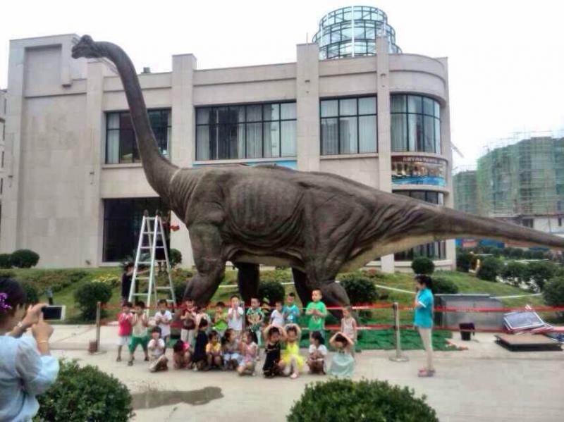 中国最轰动变形金刚展恐龙展卡通展军事展五一震撼推出