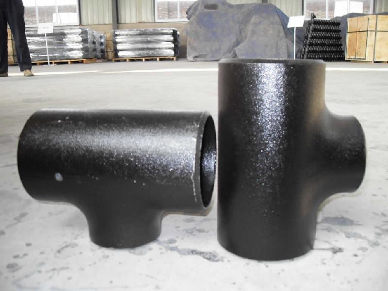 碳钢弯头碳钢法兰碳钢三通的大型厂家
