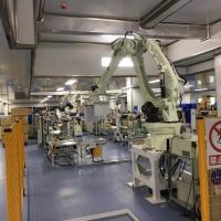 自动化装箱搬运码垛机器人-鑫星机器人