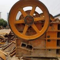 本公司货场搬迁出售一批老款制砂机,颚式破碎机各类型号都有