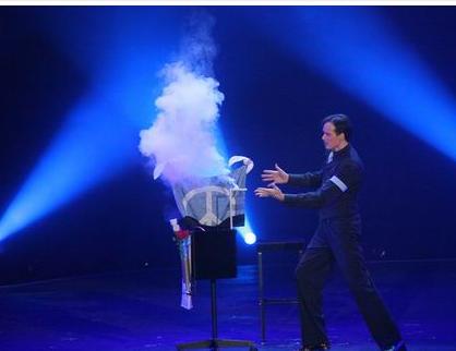 开业魔术表演 上海舞台魔术表演  上海近景魔术表演 大型魔术