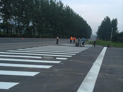 河南漯河停车场划线 漯河道路划线 漯河热熔划线 漯河冷喷标线