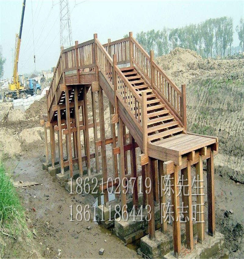 白松防腐木板材园林桥梁工程白松木方150*150大方立柱批发