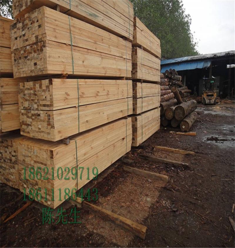 辐射松烘干板材50*90家具专用木方价格