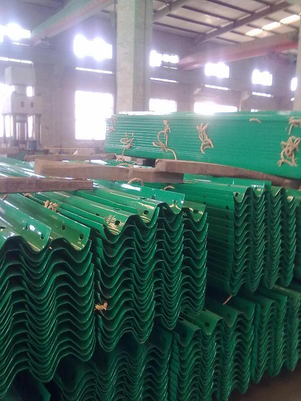 朔州波形护栏板生产厂家·厂家销售,质优价廉