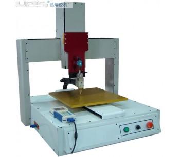 机型特点:佛山罗博派克机械手UES5040热熔胶点胶机喷胶机