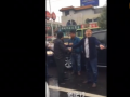 全球卫视:盐山县委常委无牌逆行,被愤怒村长怼人怼车 (16352播放)