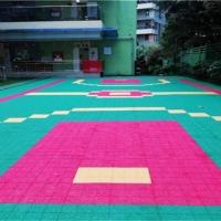 河北湘冠防滑悬浮拼装地板篮球场是怎么施工的