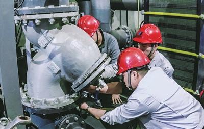 春节期间,三号中继泵站设备检修。