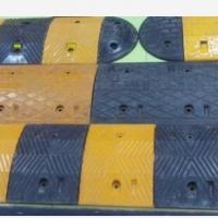 河池橡胶减速带南宁铸钢减速带批发价