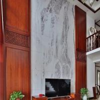 长沙美式原木定制随时抽样、原木房门、玄关柜订做技术很好