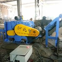 带有液压装置的可以直接粉碎铁的塑钢粉碎机