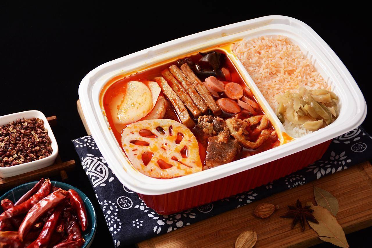 广西动车上禁止使用自热食品 违规个人最高罚2000
