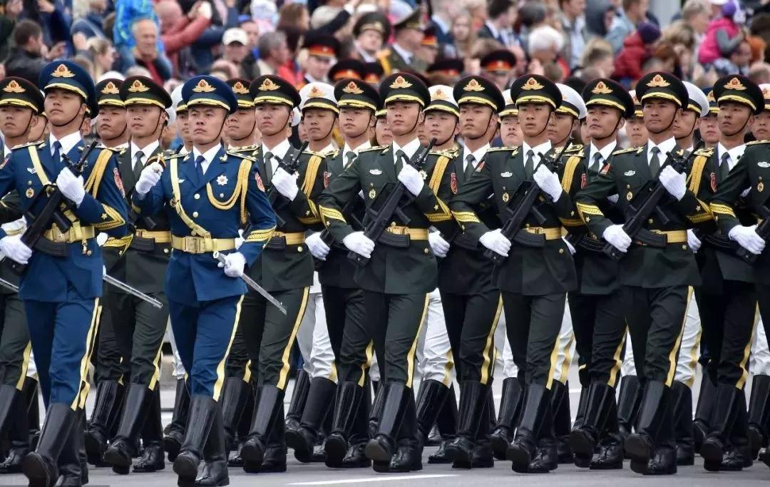建国70周年阅兵进行预演 军队改革后首次集中亮相