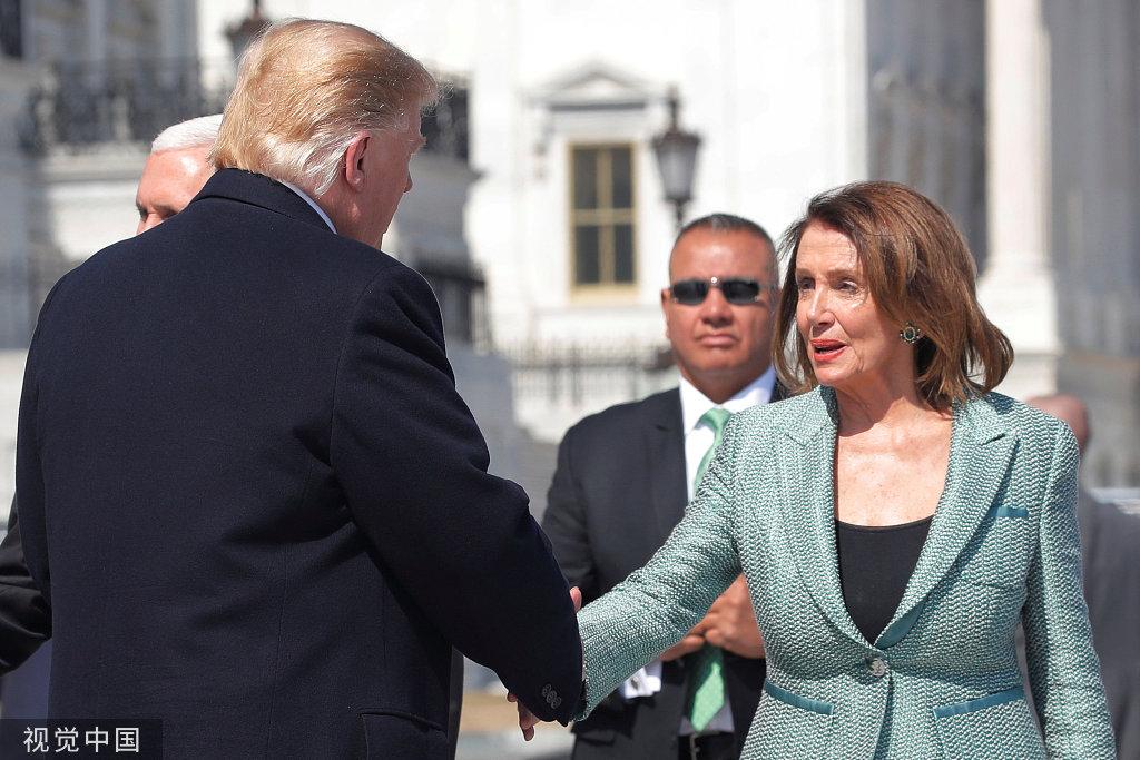 美众议院议长向特朗普放狠话:你可落到我手里了