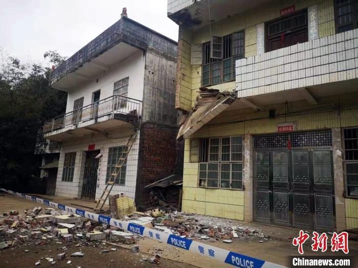 广西百色靖西发生4.3级地震铁路部门扣停列车