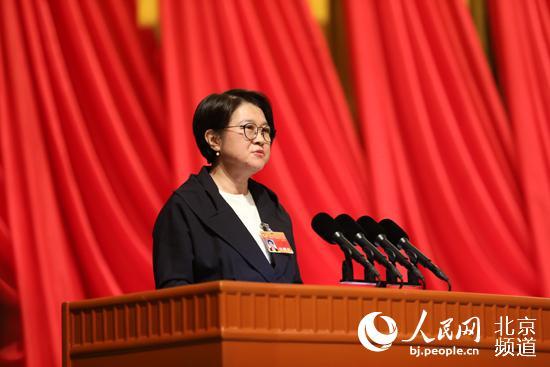 许槟代表致公党北京市委发言。人民网 尹星云 摄