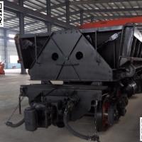 轨道式大型自卸矿车