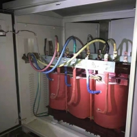 隧洞长距离电压自动调压器